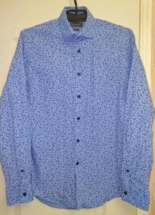 Стильная рубашка, дополнительно есть бабочка