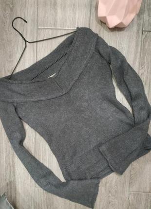 Кофта свитер от манго, можно приспускать плечи, теплая мохер
