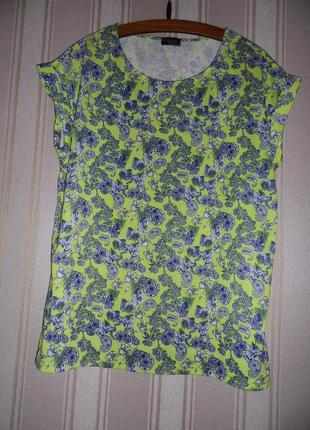 Женская футболка размер 50 // 5xl