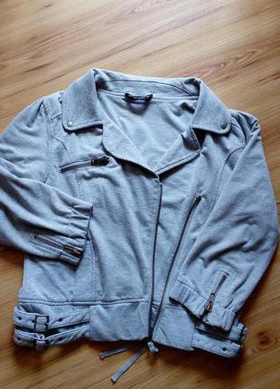 Трикотажная курточка