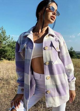 Женская стильная рубашка в клетку