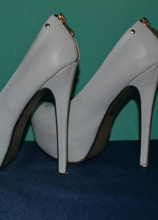 Свадебние туфли comer