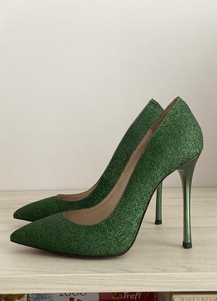 New кожаные туфли-лодочки miamay р.36