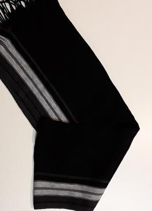 Фирменный шарф