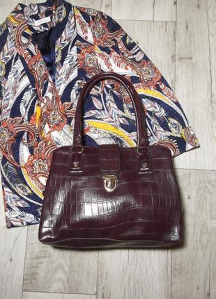 Шикарная стильная сумка винного цвета под крокодила liz claiborne, сша америка