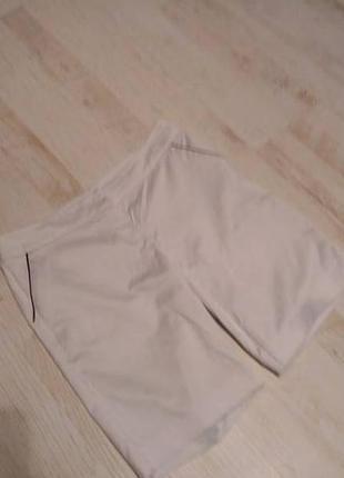 Все шорты футболки  от 60 грн.белые класс-е хлопковые брючные шорты  f&f раз.м-38