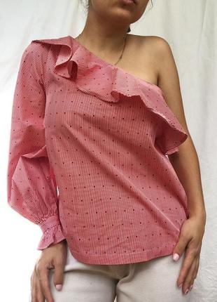 Рубашка блуза на одно плече тренд рюши объёмный рукав