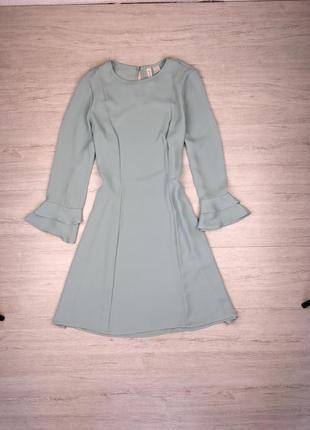 Лёгкое свободное платье на рукавах оборка