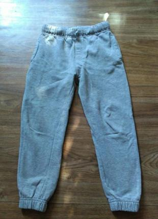 Спортивные штаны р110-116