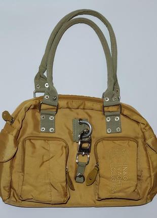 Вместительная сумка сумочка