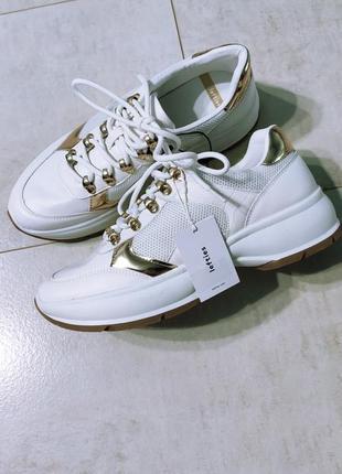Классные женские кроссовки, белые кроссовки на высокой подошве