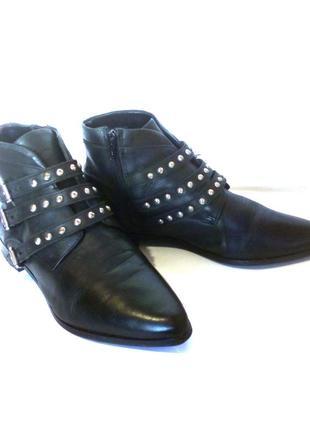 Стильные кожаные демисезонные ботинки от бренда asos, р.39-40 код b4007
