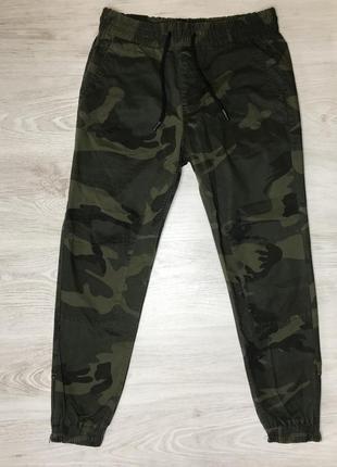 Мужские повседневные штаны джоггеры jack & jones зелёный камуфляж новые