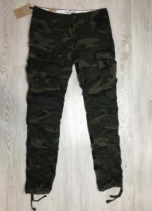 Мужские штаны джоггеры jack&jones камуфляж зеленые новые