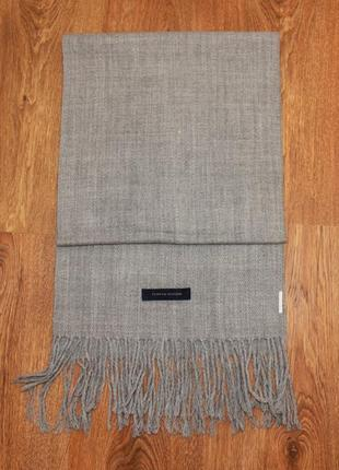 Серый мужской шарф tommy hilfiger 180*32см шерсть