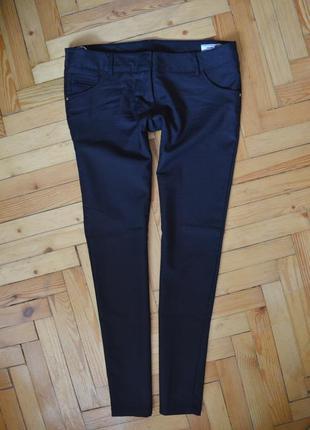 Стильные базовые зауженные брюки silvian heach