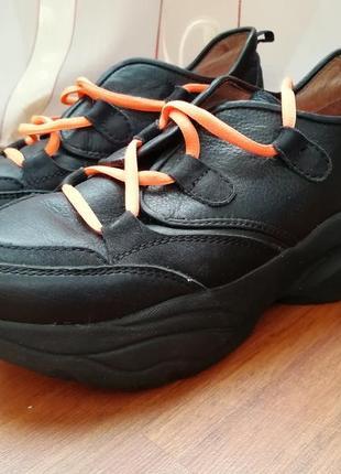 Крутые кроссовки, натуральная кожа, ортопедическая стелька