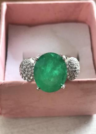 Шикарное серебряное кольцо с огромным изумрудом 10.76х8.87 мм