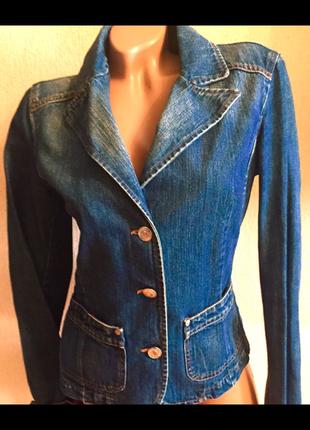 Sisley италия джинсовый пиджак жакет джинсовка женская