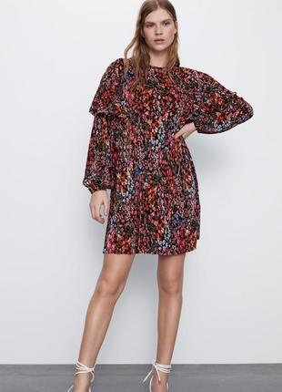 Нарядное платье в цветочный принт от zara