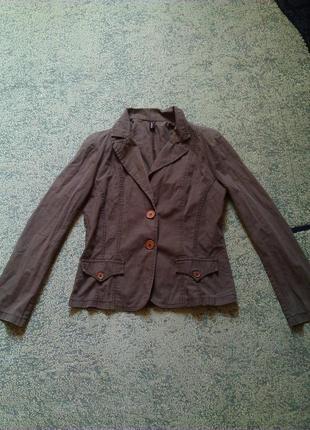 Темно коричневый женский пиджак