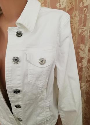 Модная джинсовая курточка street one