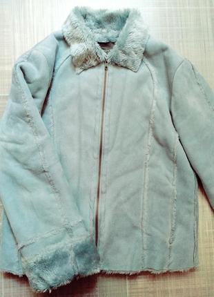 Классная ,теплая куртка (дубленка)