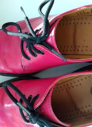 Красные кожаные лакированные туфли ботинки dr.martens оригинал