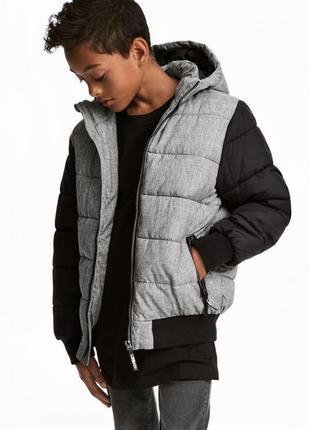 Утепленная куртка с капюшоном h&m 0500357001 серого цвета