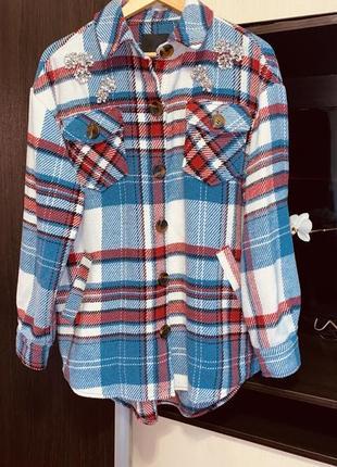 Трендовая удлинённая тёплая рубашка в клетку оверсайз раз.м
