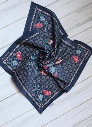 Эксклюзивный платок, дизайнерский