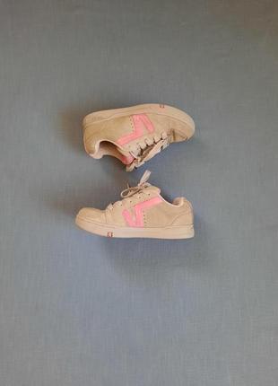 Серые замшевые кроссовки размер 37