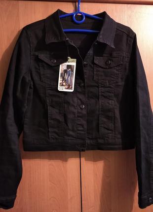 Новая черная укороченная джинсовая женская куртка
