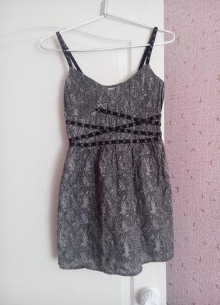 Летнее короткое платье jennyfer
