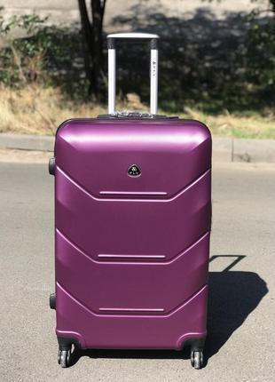 Уценка! пластиковый чемодан из поликарбоната большой фиолетовый