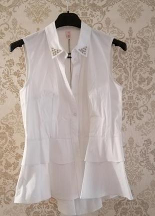 Белая блуза trg