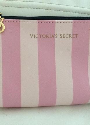 Стильная косметичка victoria's secret