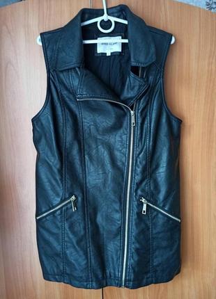 Крутая черная куртка - косуха