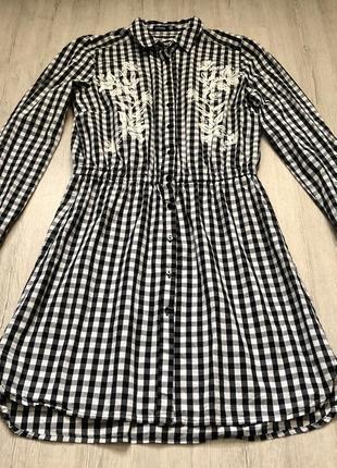 Платье в клеточку sinsay с резинкой на талии