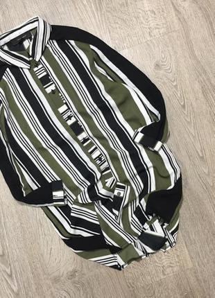 Стильная шифоновая рубашка с полосками по рукавам