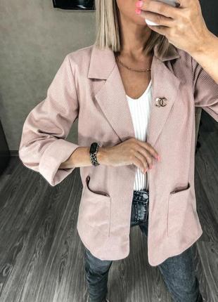 1821.     розовый кашемировый пиджак