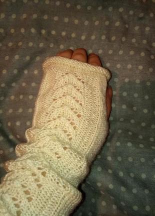 Вязаные митенки с открытыми пальцами