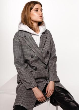 Удлинённое женское пальто в клетку шерсть зима демисезон
