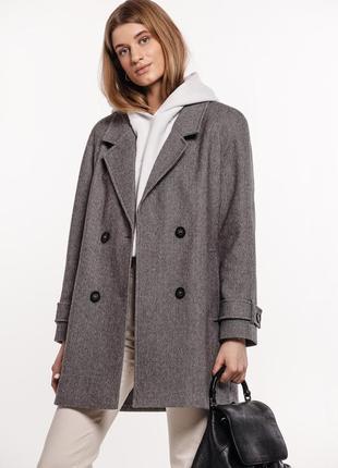 Шерстяное укорочённое пальто с поясом зима демисезон