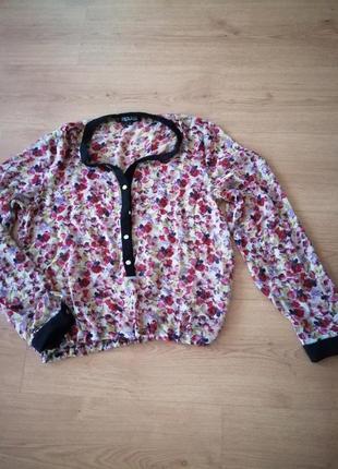 Блузка из шифона.