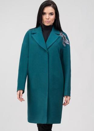 Шерстяное пальто демисезон зима с вышивкой