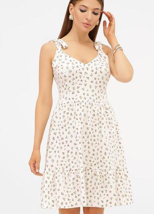 Нежное платье - сарафан с цветочным принтом
