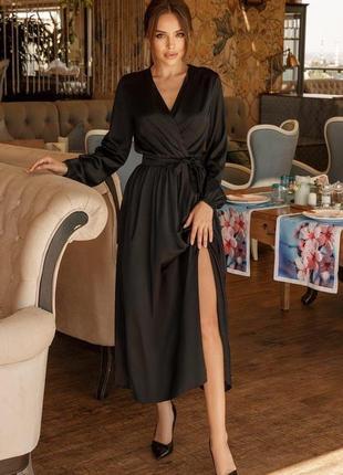 Платье шелковое с разрезом черное