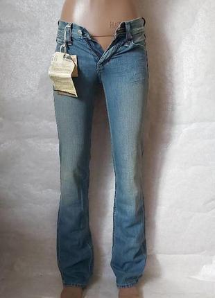 Фирменные mustang новые с биркой мега качественные джинсы с оверлоком, размер 24-25