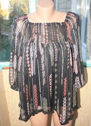Лёгкая блуза в орнаментах с маечкой бохо этно стиль